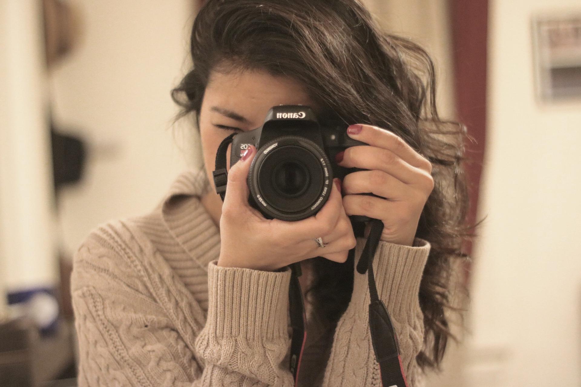 一眼レフ初心者に人気のカメラ教室が60分無料体験できるみたい!インスタの流行で本格的な写真を撮りたい女子が急増中?